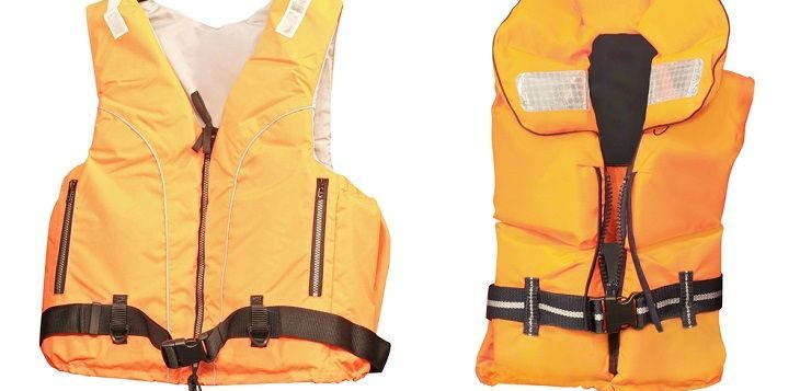 kayak fishing life vest reviews